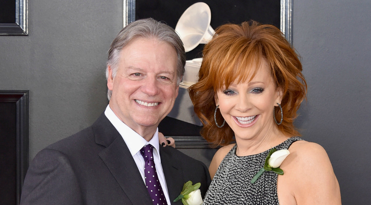 Reba mcentire Songs | Reba McEntire Introduces New Boyfriend In Sweet Red Carpet Interview | Country Music Videos