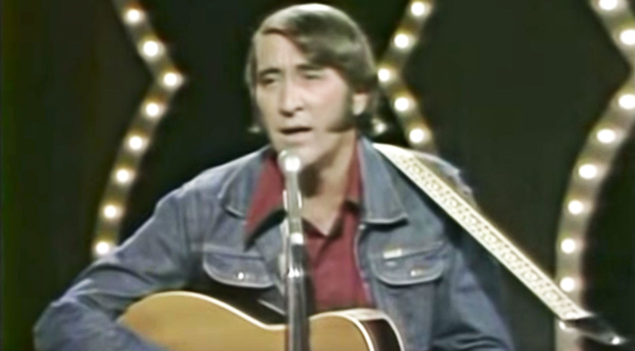 Don williams Songs   Remembering Don Williams With 5 Iconic Performances   Country Music Videos