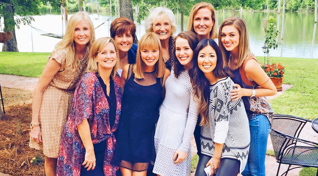 The Robertson Family Embraces Mary Kate McEacharn With Open Arms   Country Music Videos