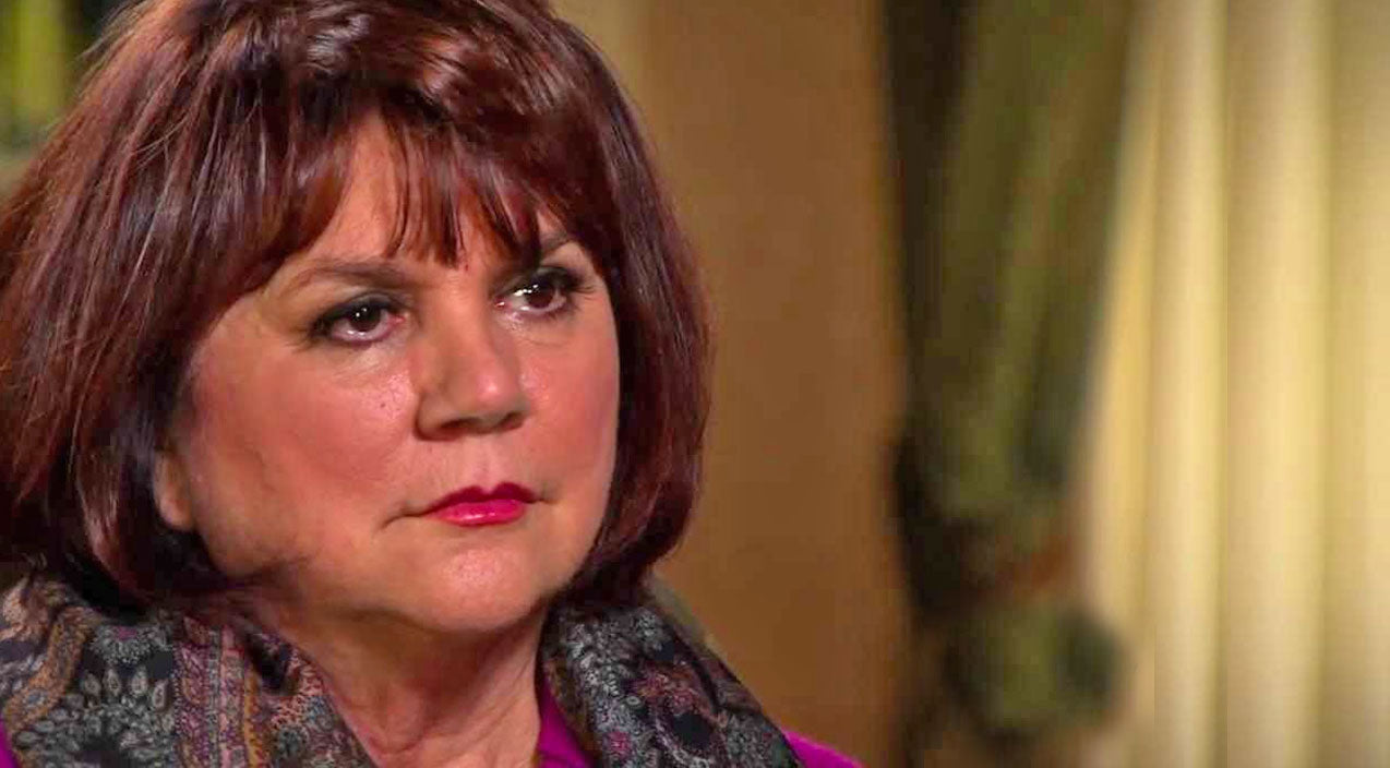 Linda ronstadt Songs | Linda Ronstadt Opens Up About Tragic, Career-Ending Disease | Country Music Videos