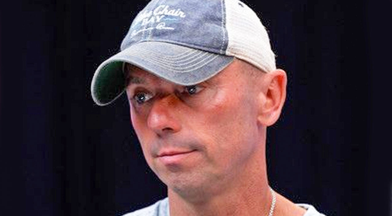 Kenny chesney Songs | Kenny Chesney Reacts To Death Of Man He 'Learned So Much' From | Country Music Videos