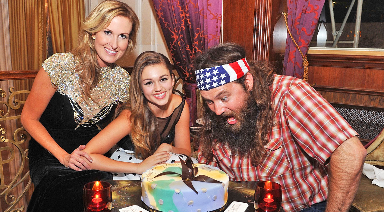 Duck dynasty Songs | Duck Dynasty's Sadie Robertson Has Blossomed Into A Remarkable Woman | Country Music Videos