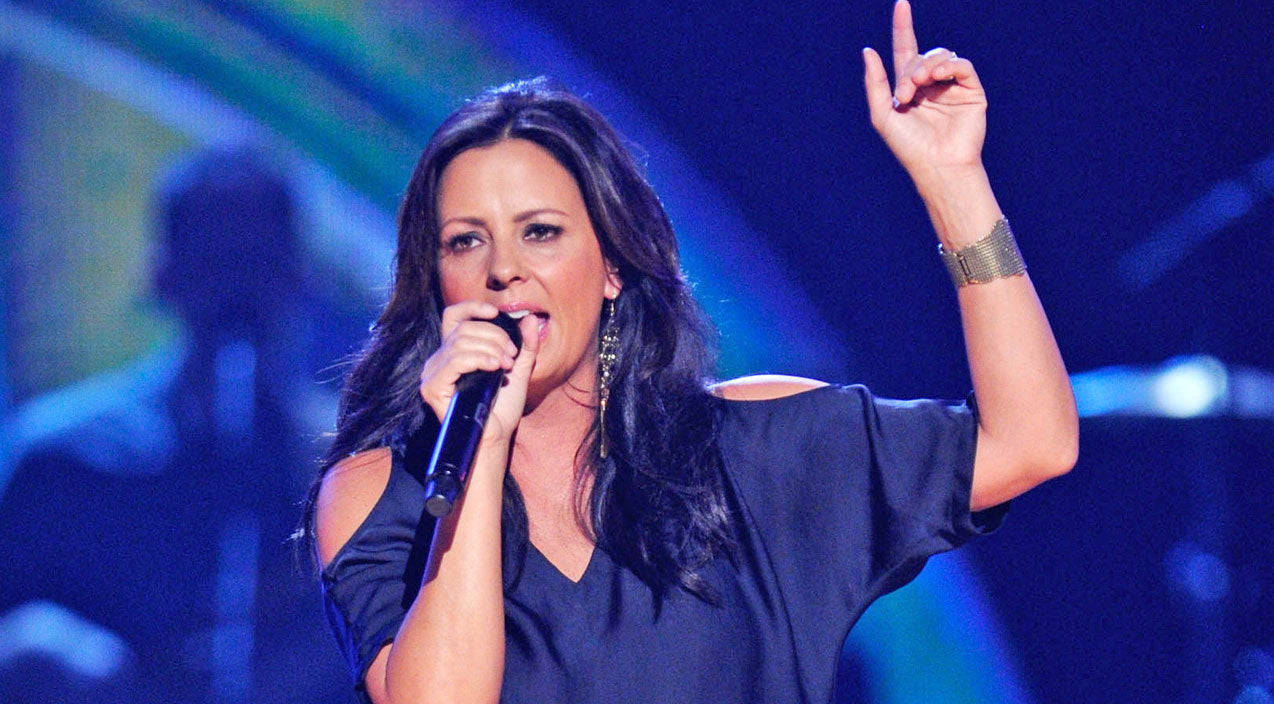 Sara evans Songs | Sara Evans Gives Her Opinion On 'Bro Country' | Country Music Videos