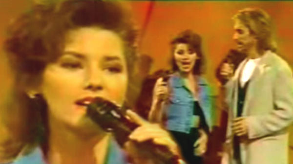 Shania Twain Sings 'Delta Dawn' and 'I Want You,I Need You' (Rare Video) | Country Music Videos