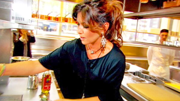 Shania twain Songs | Shania Twain Cooking In The Kitchen (Yum!) (WATCH) | Country Music Videos