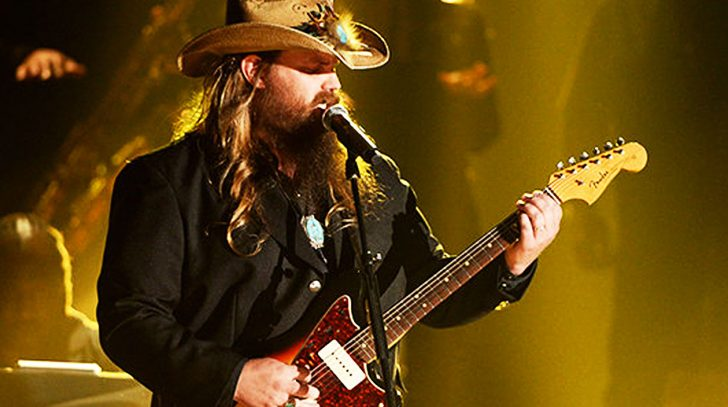 Chris stapleton Songs | Chris Stapleton Paralyzes Audience With Old School Styled 'Nobody To Blame' | Country Music Videos