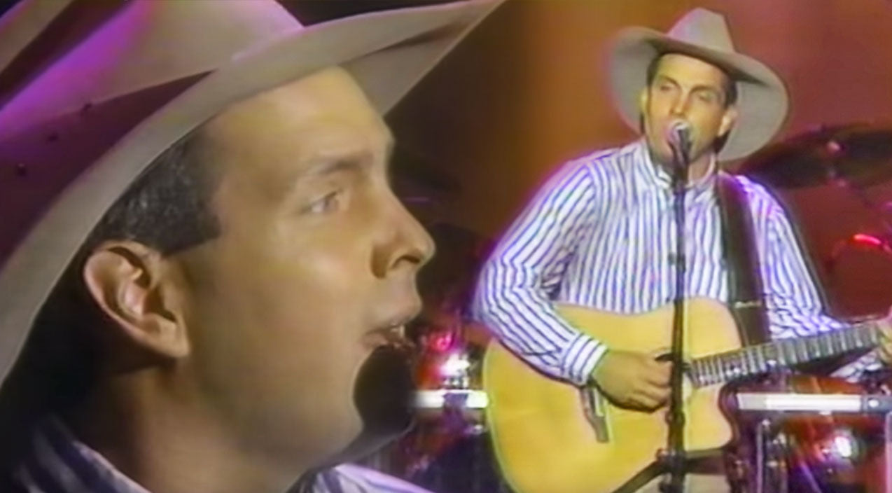 Modern country Songs | Looking Back: Garth Brooks' Legacy Of 'The Dance' | Country Music Videos