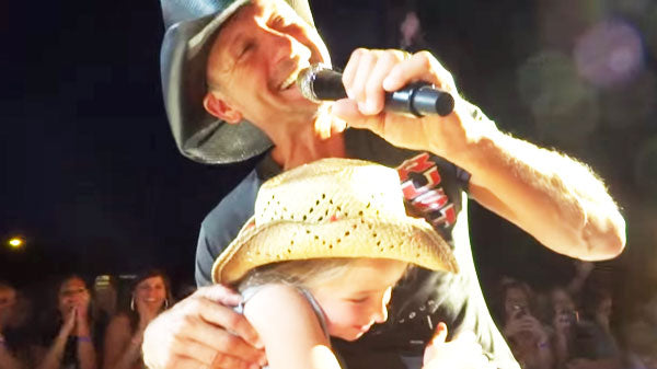 Tim McGraw - Just to See You Smile - LIVE Salt Lake City (VIDEO) | Country Music Videos