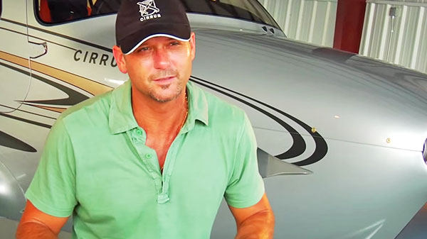 Tim mcgraw Songs | Tim McGraw Is The Pilot Of His Very Own Aircraft! (WATCH) | Country Music Videos