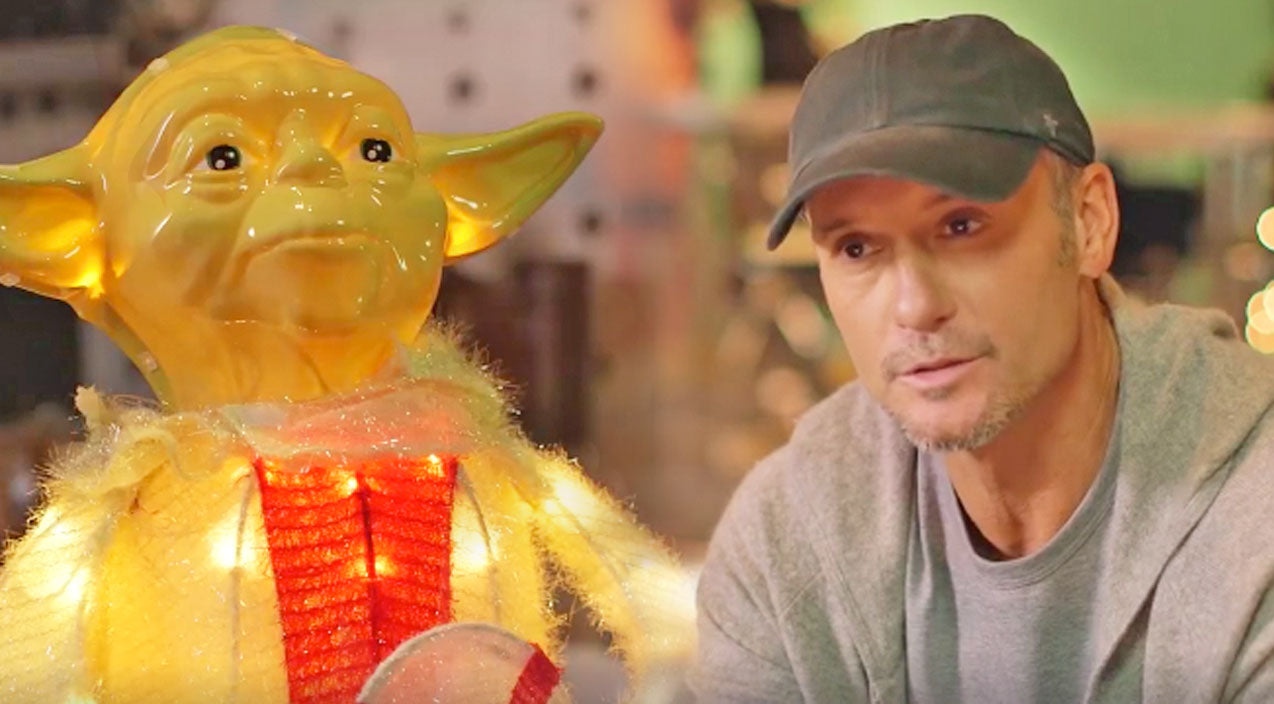 Tim mcgraw Songs | HILARIOUS: Yoda Interviews Tim McGraw About Christmas Memories | Country Music Videos