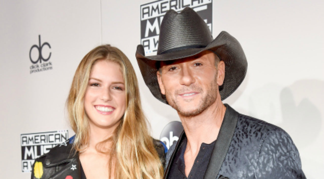 Tim mcgraw Songs | Tim McGraw's Daughter Steals The Show At The American Music Awards | Country Music Videos