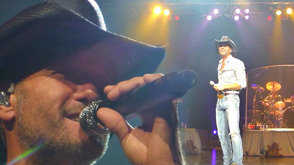 Tim mcgraw Songs | Tim McGraw - Down on the Farm (Harrah's Cherokee Live) (VIDEO) | Country Music Videos