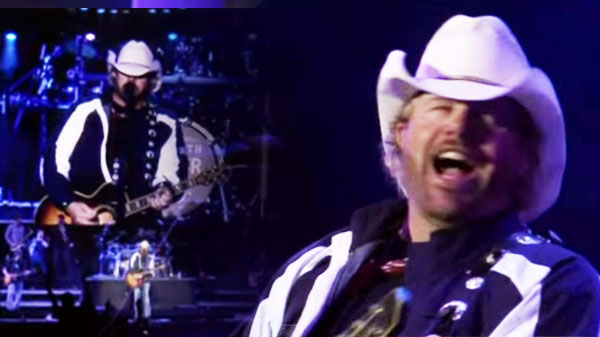 Toby keith Songs | Toby Keith - Whiskey Girl (LIVE) (VIDEO) | Country Music Videos