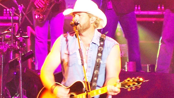 Toby keith Songs | Toby Keith - I Need To Hear A Country Song (VIDEO) | Country Music Videos