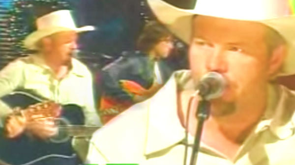 Toby keith Songs   Toby Keith - Hot Rod Sleigh (VIDEO)   Country Music Videos
