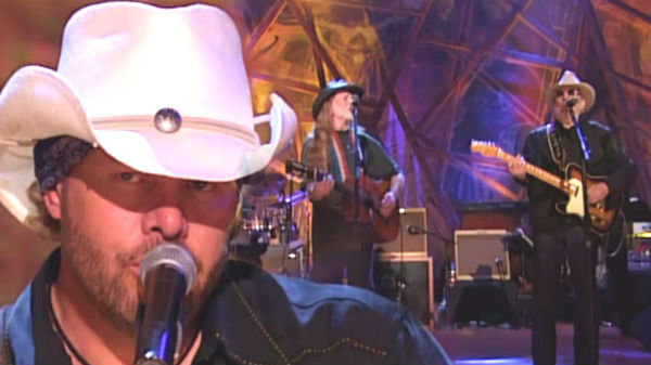 Toby keith Songs | Toby Keith, Willie Nelson and Merle Haggard - Pancho And Lefty (WATCH) | Country Music Videos