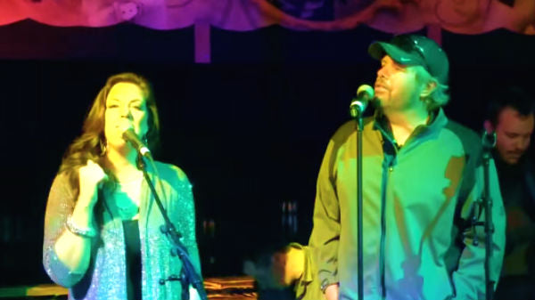 Toby keith Songs | Toby Keith and Krystal Keith - Cabo San Lucas (LIVE) (VIDEO) | Country Music Videos