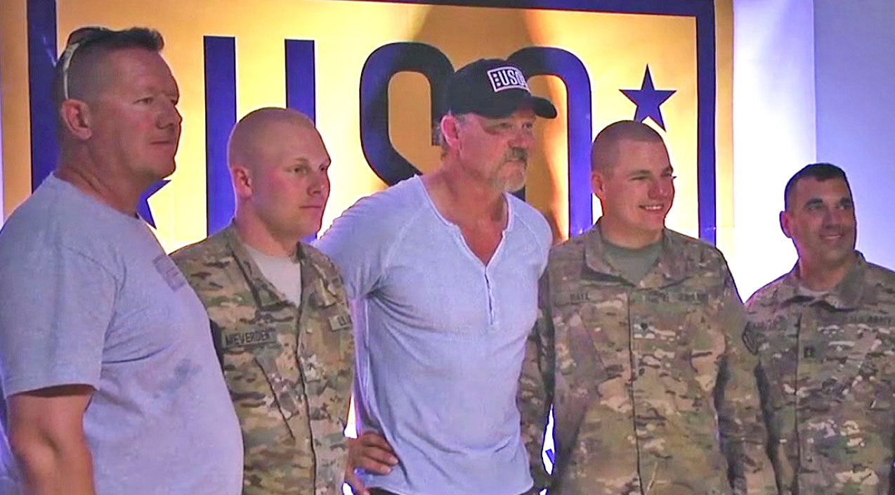 Trace adkins Songs | American Troops Get A Much-Needed Taste Of Home Thanks To Trace Adkins | Country Music Videos