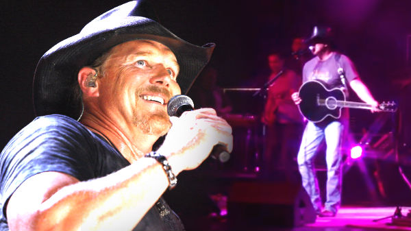 Trace adkins Songs | Trace Adkins - Love Buzz (Live) (VIDEO) | Country Music Videos