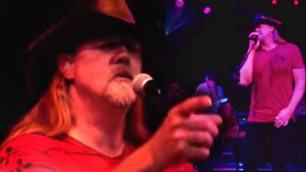 Trace adkins Songs | Trace Adkins - Watch The World End | Country Music Videos