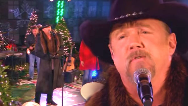 Trace adkins Songs | Trace Adkins - We Three Kings (NBC's 2012 Christmas Special) (VIDEO) | Country Music Videos