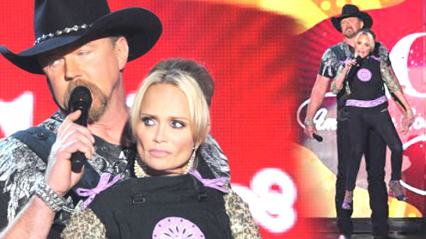 Trace Adkins Carrying Kristin Chenoweth In A Baby Carrier! | Country Music Videos