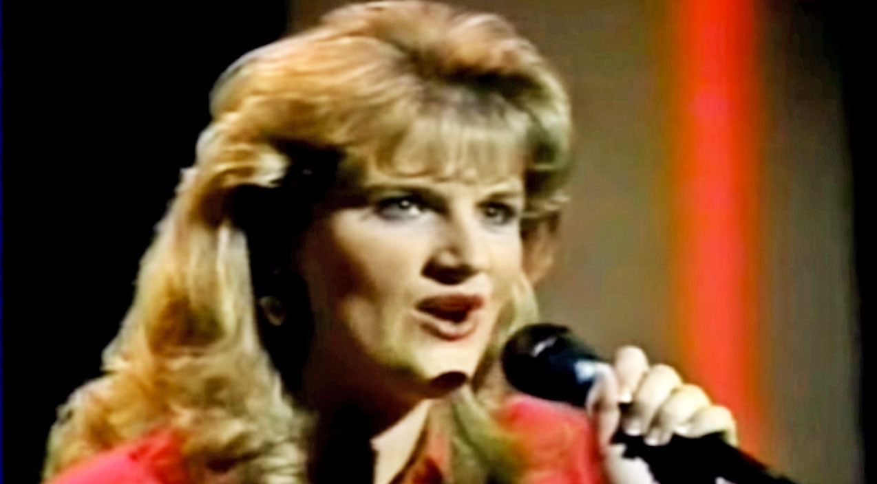 Trisha yearwood Songs | Watch Young Trisha Yearwood Steal America's Heart On 1980s Talent Show | Country Music Videos
