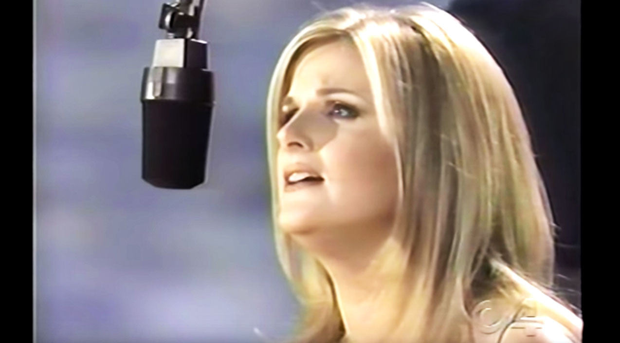 Trisha yearwood Songs | Trisha Yearwood Leaves Crowd In Tears With 'How Do I Live' Power Ballad | Country Music Videos