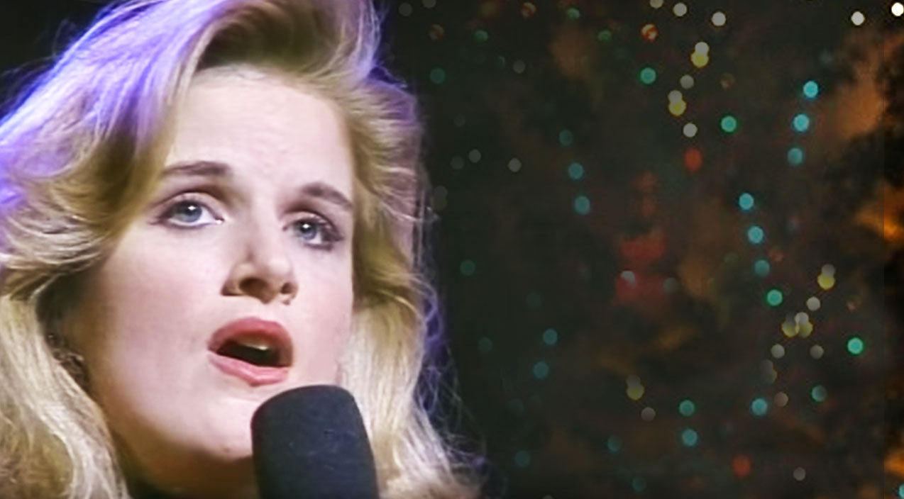 Trisha yearwood Songs | Trisha Yearwood's Heavenly 'Sweet Little Jesus Boy' Will Bring You To Tears | Country Music Videos