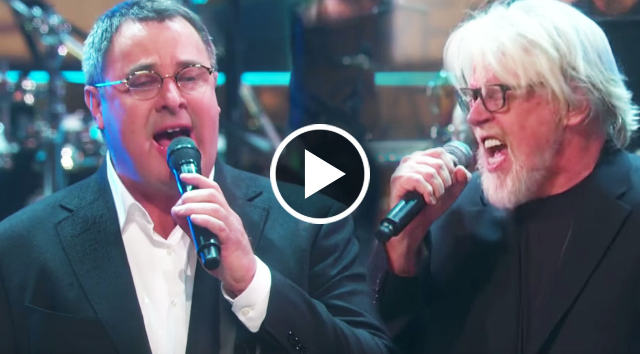 vince gill unleashes his inner rock star with fiery eagles