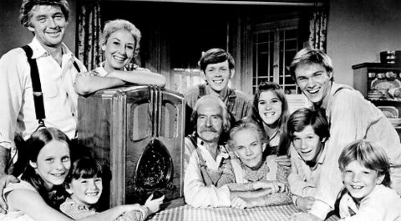 Earl Hamner Jr., Creator Of 'The Waltons' Dies At Age 92 | Country Music Videos