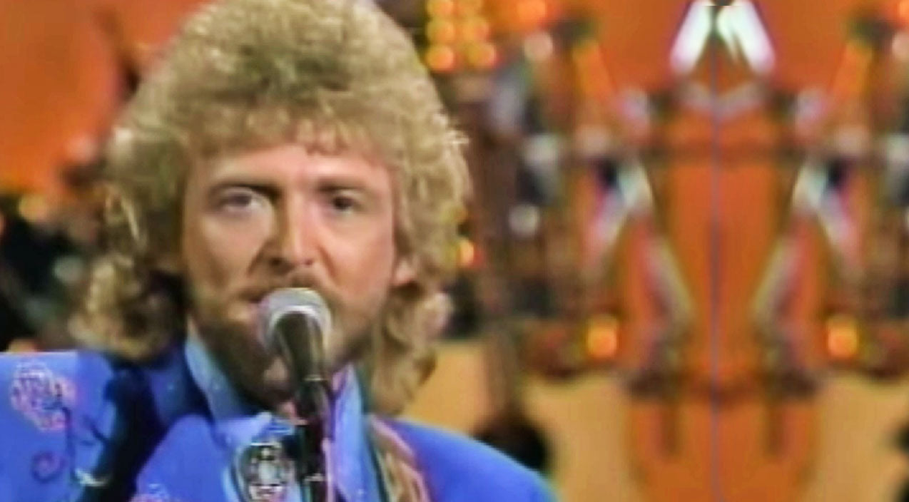 Keith whitley Songs | Keith Whitley's Final Opry Performance Of 'Don't Close Your Eyes' | Country Music Videos