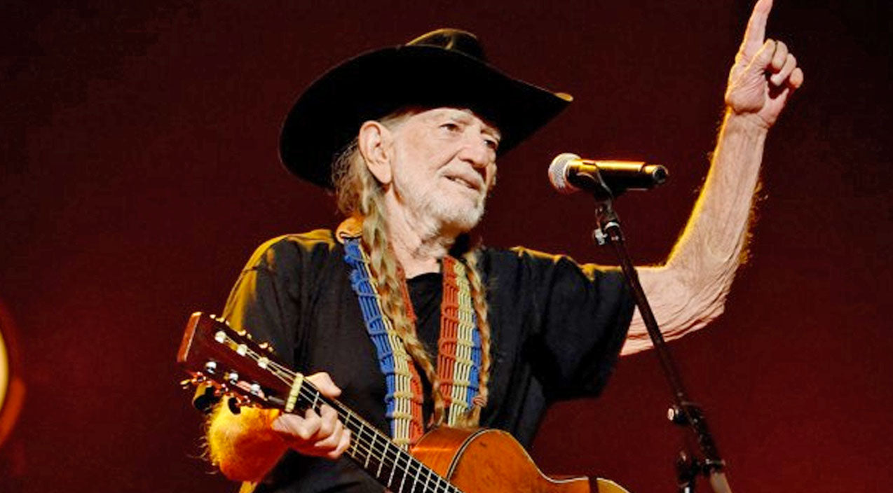 Willie nelson Songs | HEALTH UPDATE: Willie Nelson 'Strong As Ever' In First Appearance Following Health Scare (PHOTOS) | Country Music Videos
