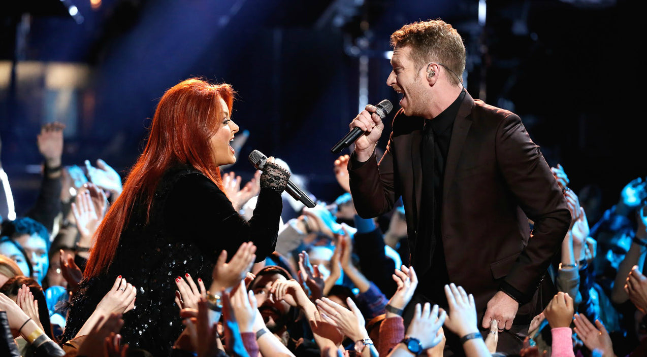 Wynonna judd Songs | Wynonna Judd And Barrett Baber Rock 'No One Else On Earth' During 'The Voice' Finale | Country Music Videos