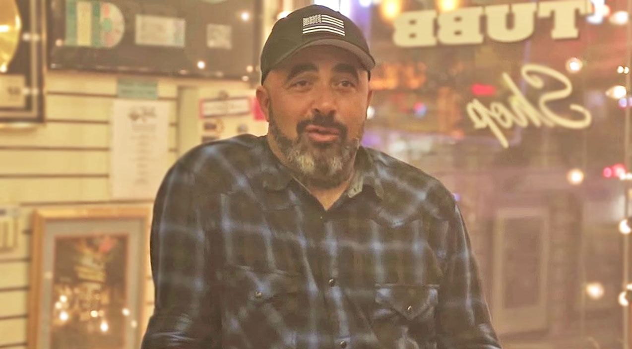 Modern country Songs | Learn All About The Nitty-Gritty That Went Into Making Aaron Lewis' 'That Ain't Country' Video | Country Music Videos