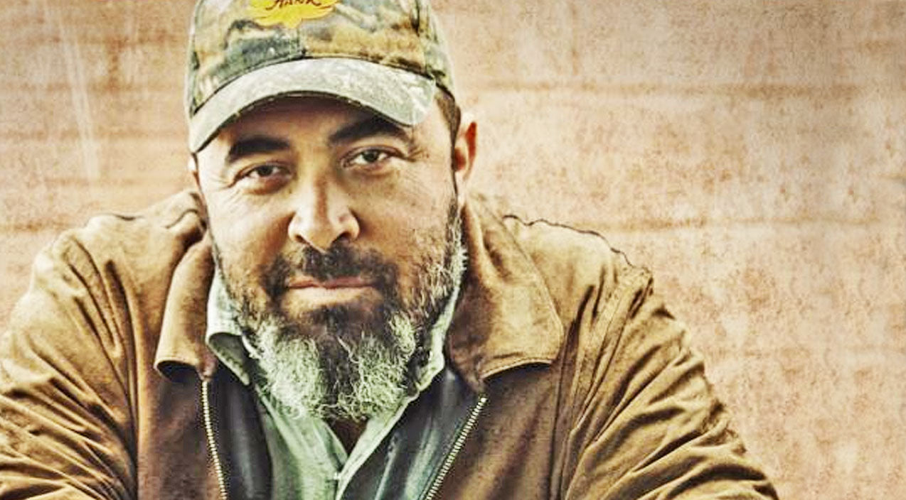 Aaron lewis Songs | Does Aaron Lewis' New Single Make Him The Savior Country Fans Have Been Waiting For? | Country Music Videos