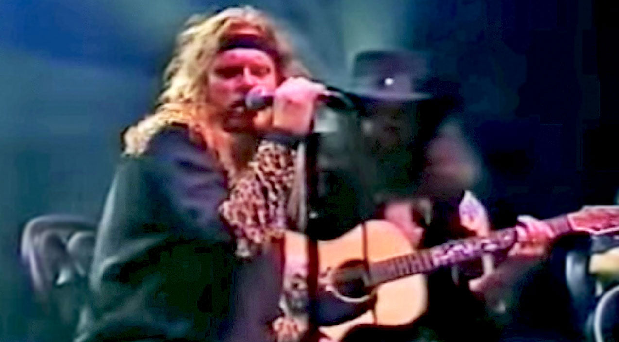Lynyrd skynyrd Songs | There's Some Pretty Cool 'Things Goin' On' In Skynyrd's Acoustic Reinvention Of An Old Track | Country Music Videos