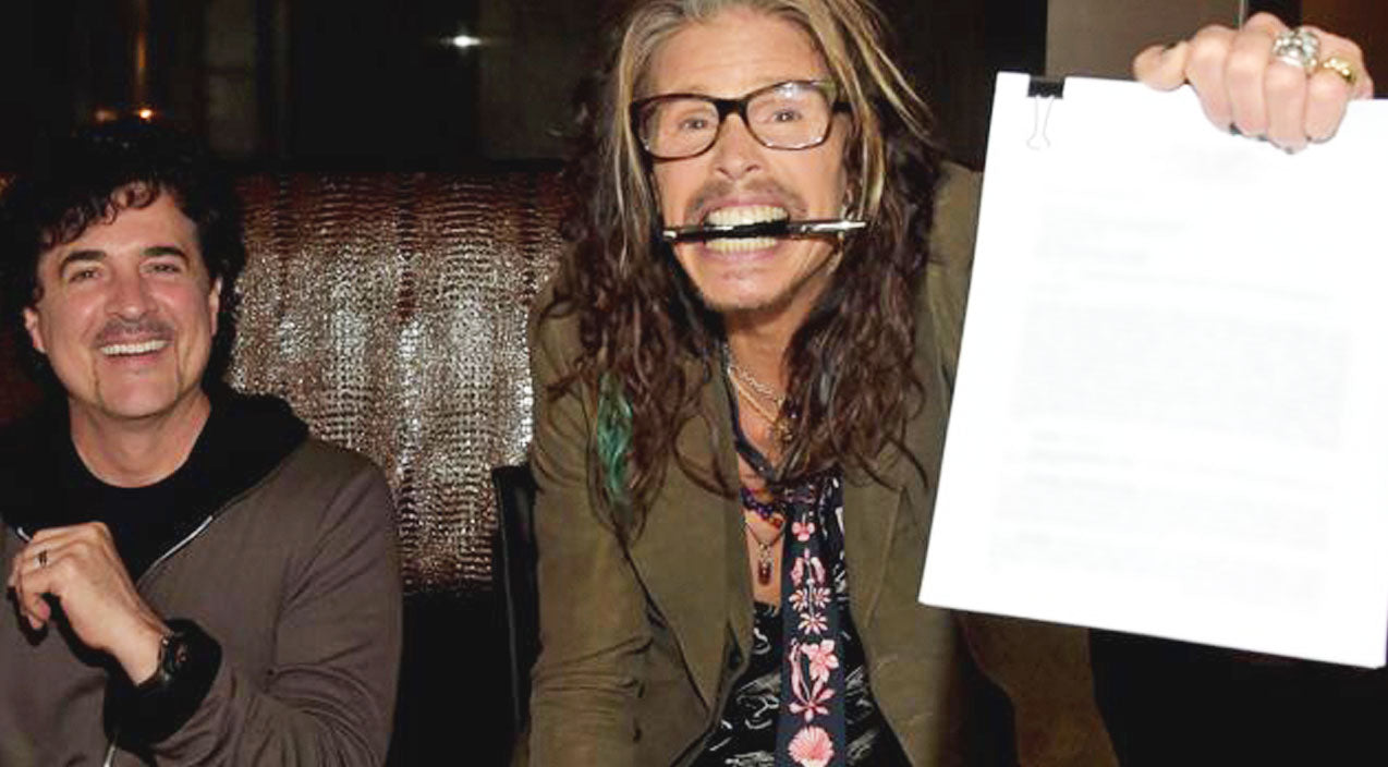 Steven Tyler of Aerosmith Signs Country Record Deal! | Country Music Videos