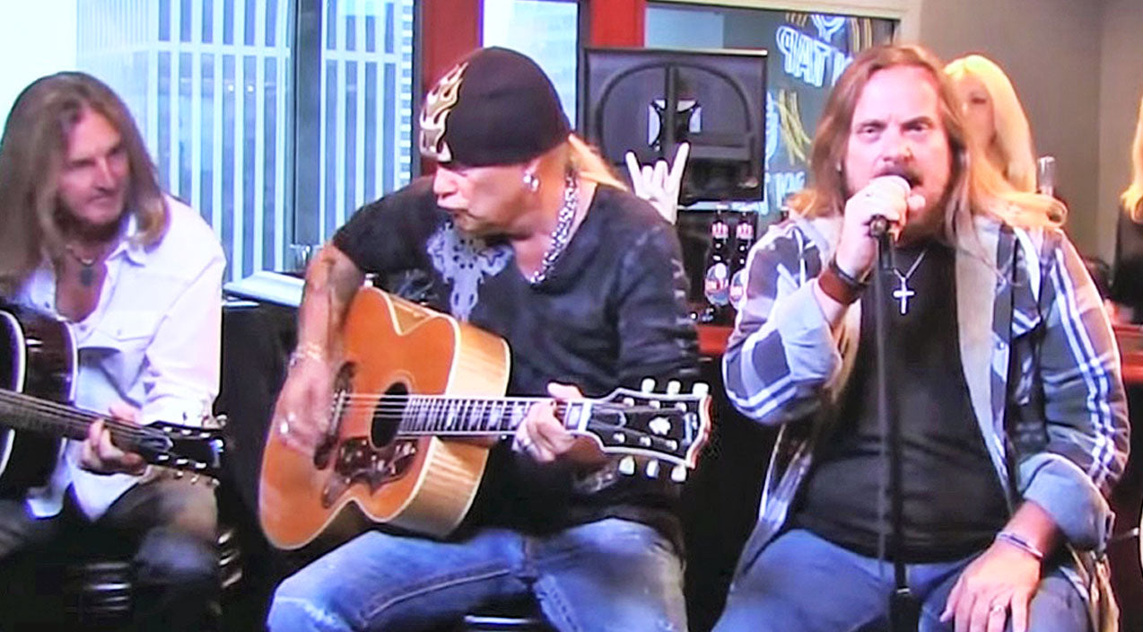 Lynyrd skynyrd Songs | Skynyrd's Stripped-Down Rendition Of 'I Ain't The One' Should Be Music To Your Ears | Country Music Videos