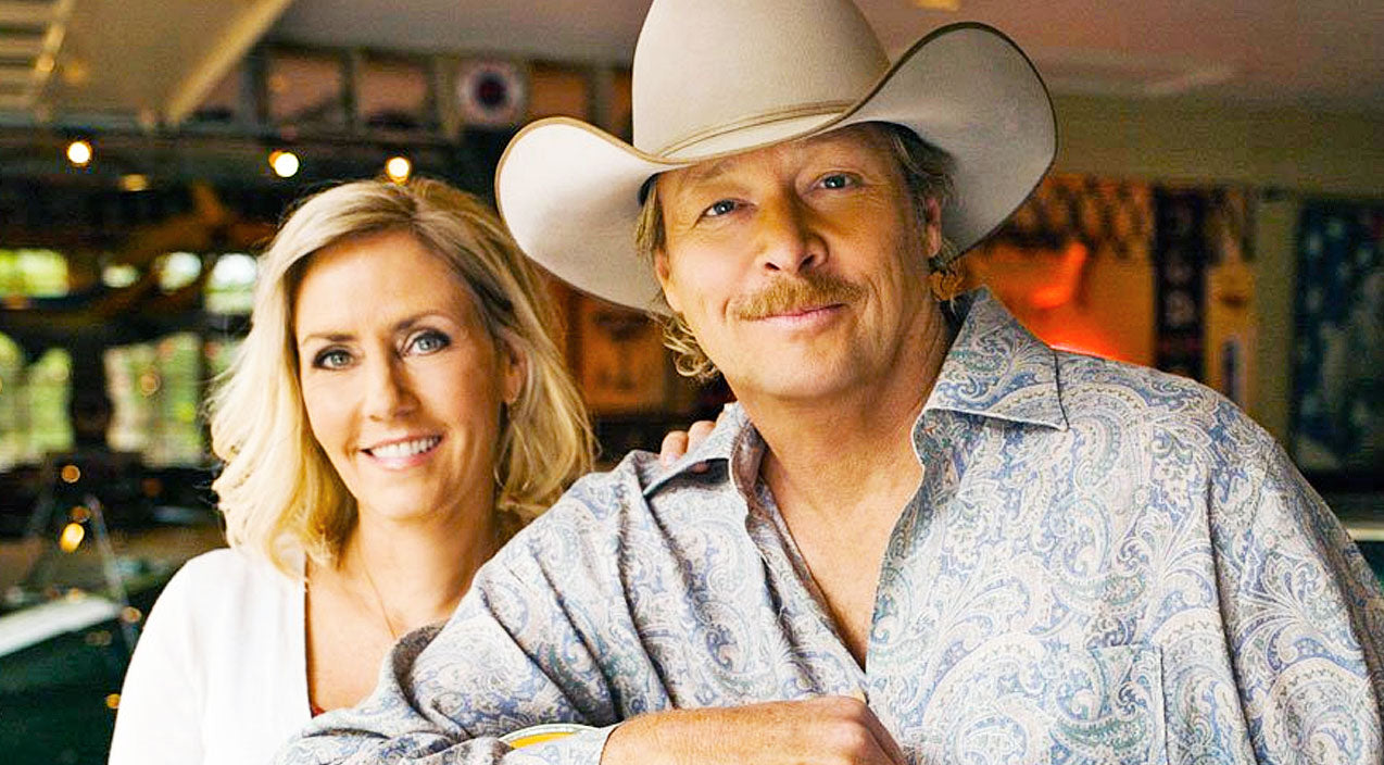 Alan jackson Songs | Alan Jackson Celebrates 36 Years Of Marriage With His High School Sweetheart, Denise | Country Music Videos