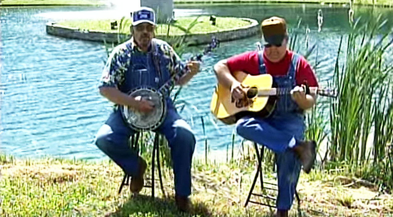 Viral content Songs | Brothers Defend God & Pledge Of Allegiance In Slamming Song On Modern America | Country Music Videos