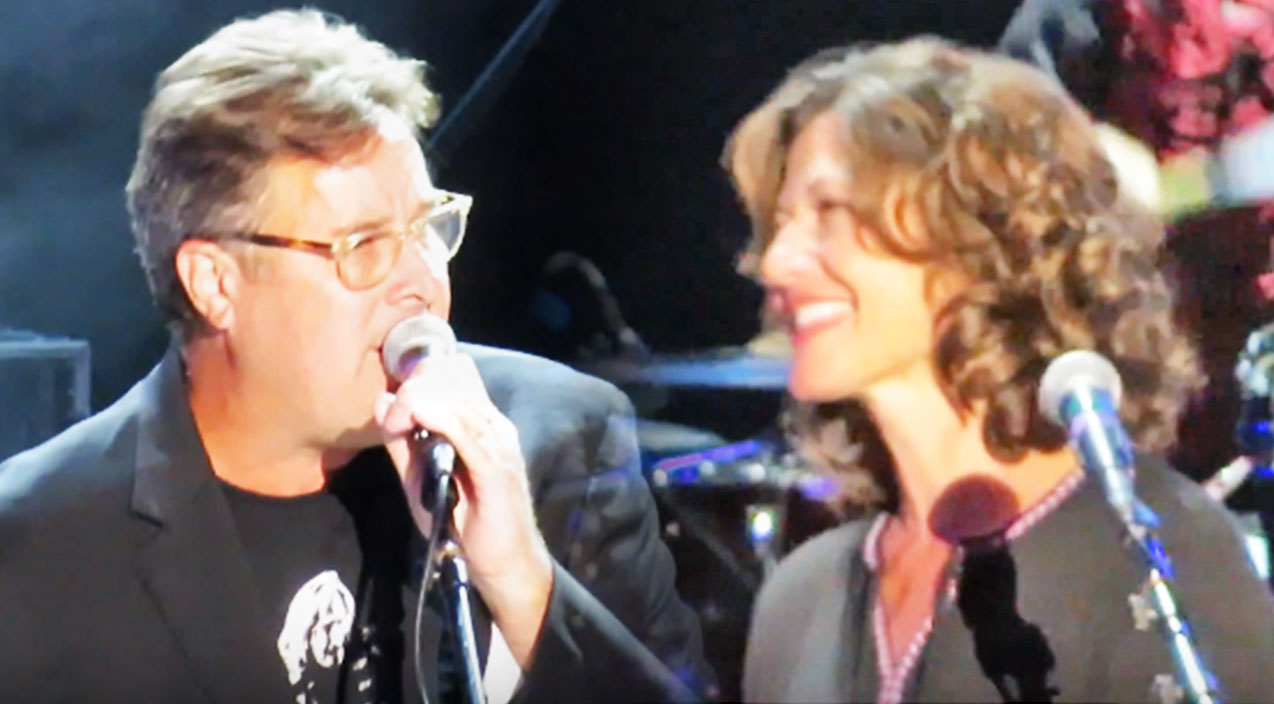 Vince gill Songs | Sparks Fly Between Vince Gill And Amy Grant During Loving Duet | Country Music Videos
