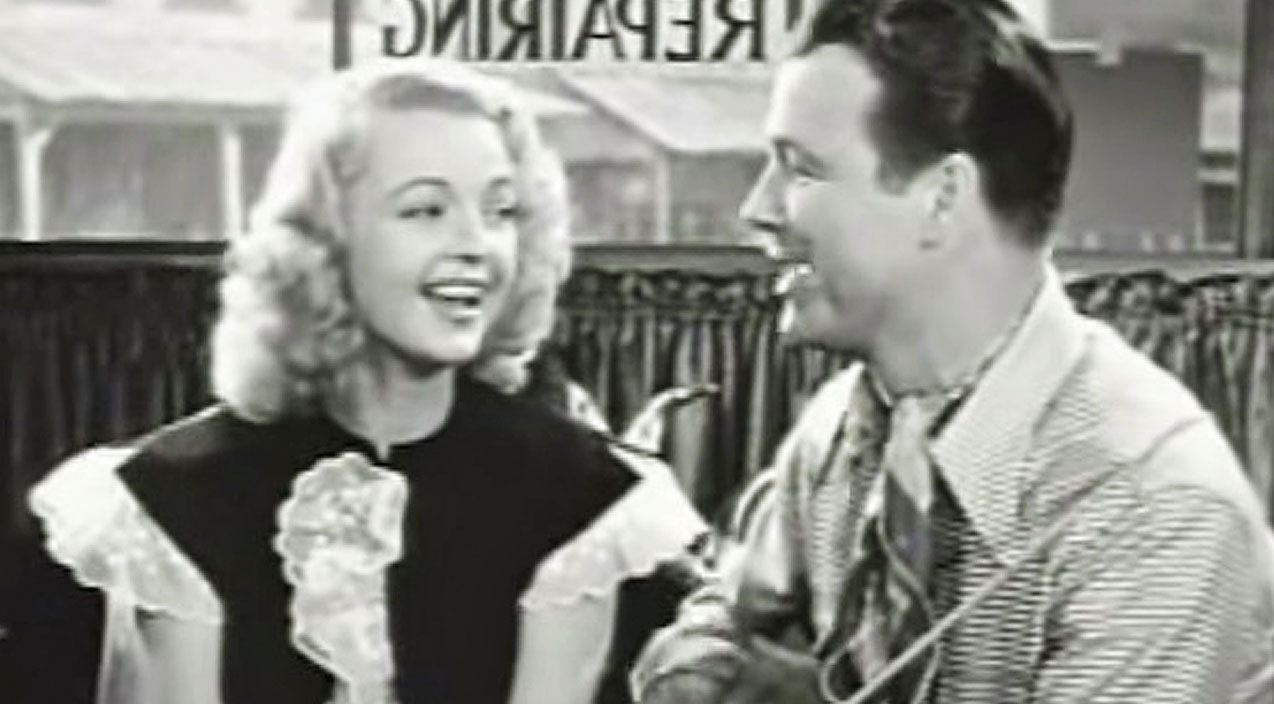 Roy rogers Songs | Roy Rogers Can't Take His Eyes Off Dale Evans In Throwback, Vintage Duet | Country Music Videos