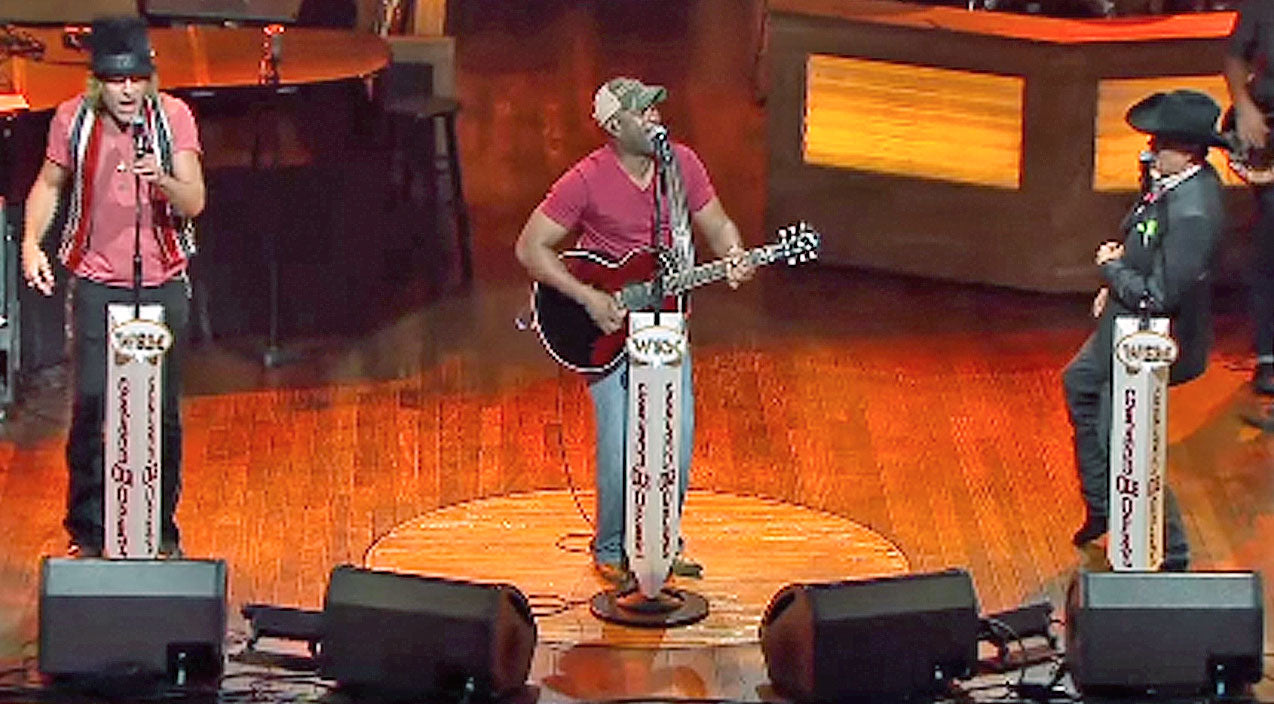 Top 5 Times Darius Rucker Blew Us Away With An Unlikely Duet Partner (1/5) | Country Music Videos
