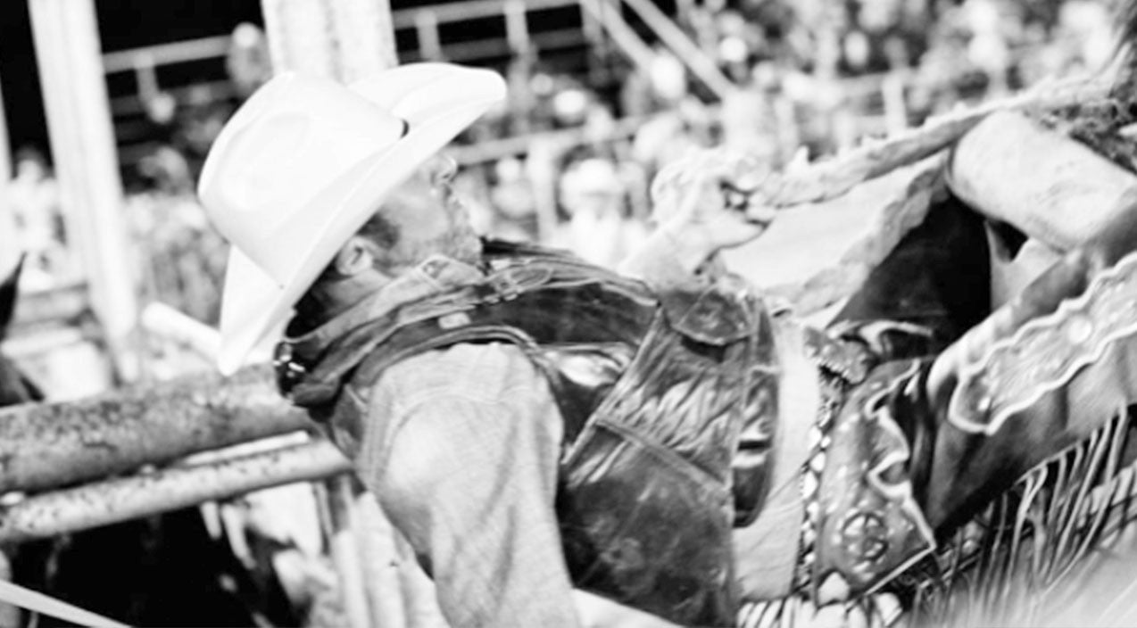 Saddle Bronc Rider Suffers 'Serious Injuries' After Terrifying Fall | Country Music Videos