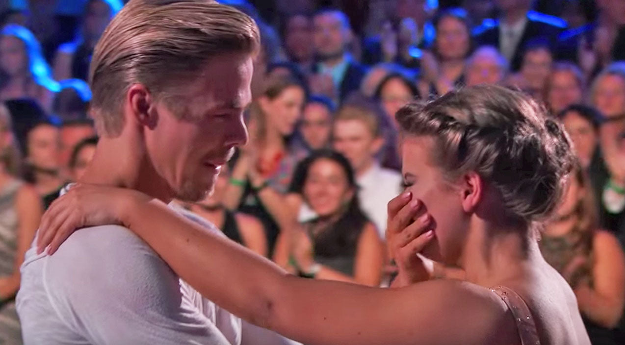 Bindi irwin Songs | Bindi Irwin Breaks Down During Emotional Tribute To Her Late Father, Steve Irwin | Country Music Videos
