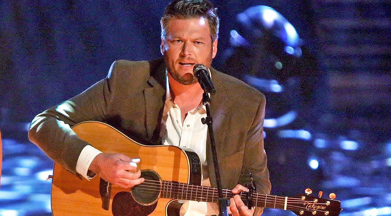 Classic country Songs | Blake Shelton Bares It All In Acoustic Performance Of 'The Baby' | Country Music Videos