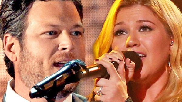 Blake Shelton and Kelly Clarkson - Don't You Wanna Stay - LIVE Nokia Theatre | Country Music Videos