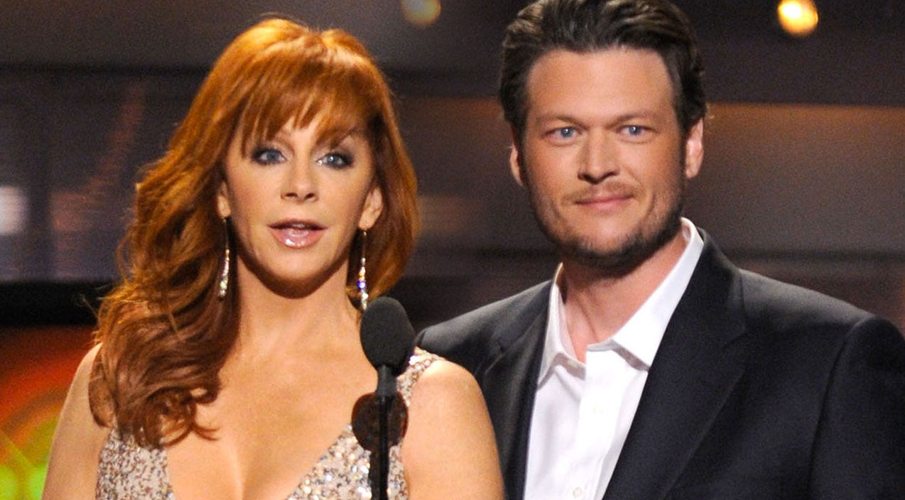 Reba mcentire Songs | Y'all Won't Believe Who Blake Shelton Seductively Serenades In His Hotel Room! | Country Music Videos