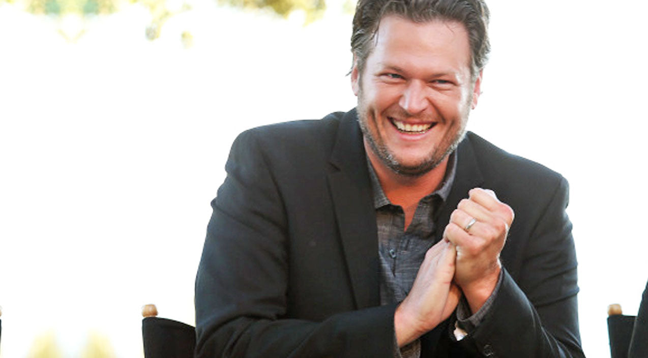 Blake shelton Songs | 10 Of The Strangest Things Fans Have Tweeted To Blake Shelton | Country Music Videos